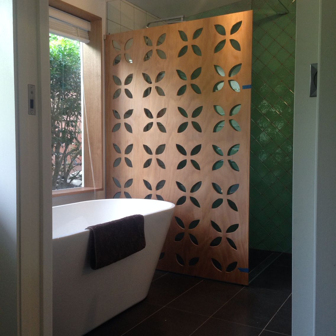 My New Bathroom I Made The Timber Screen Using Marine Ply And A Jigsaw Partition Wall Timber Screens Bathroom