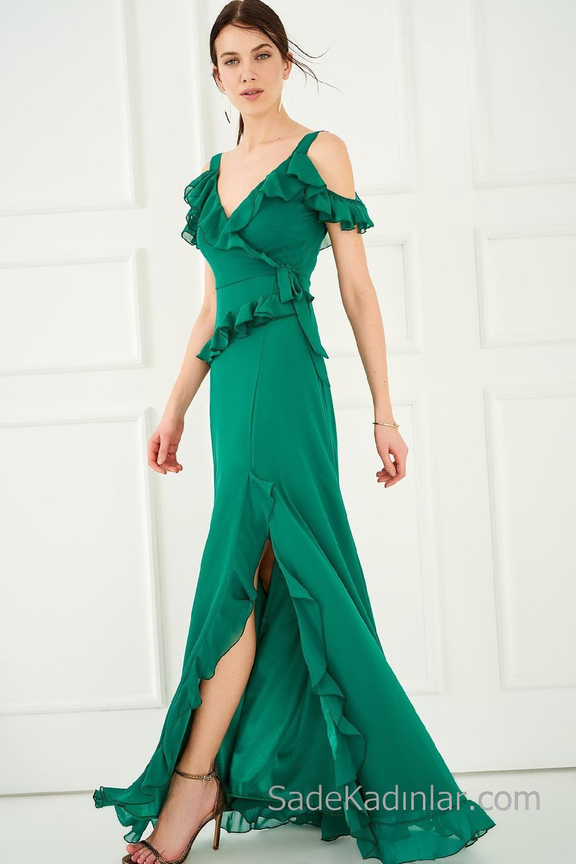bd3ddc84ca5d1 2018 Abiye Elbiseler Yeşil Uzun Askılı Fırfır Detaylı Yırtmaçlı 2018 Abiye  Elbiseler Yeşil Uzun Askılı Fırfır