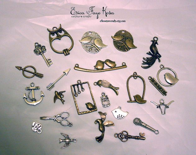 '50+ Charms: birdies, arrows, keys, and more' is going up for auction at 10am Sat, Aug 18 with a starting bid of $5.