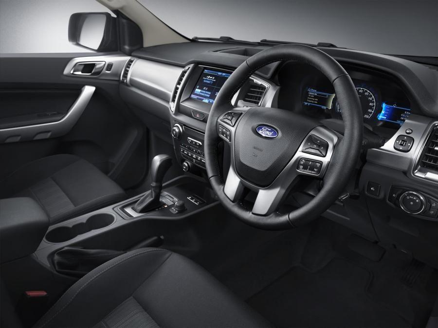 2015 Ford Ranger facelift cabin