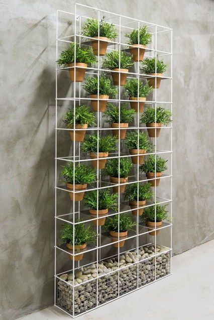 Beautiful DIY Examples How To Make Lovely Vertical Garden ...