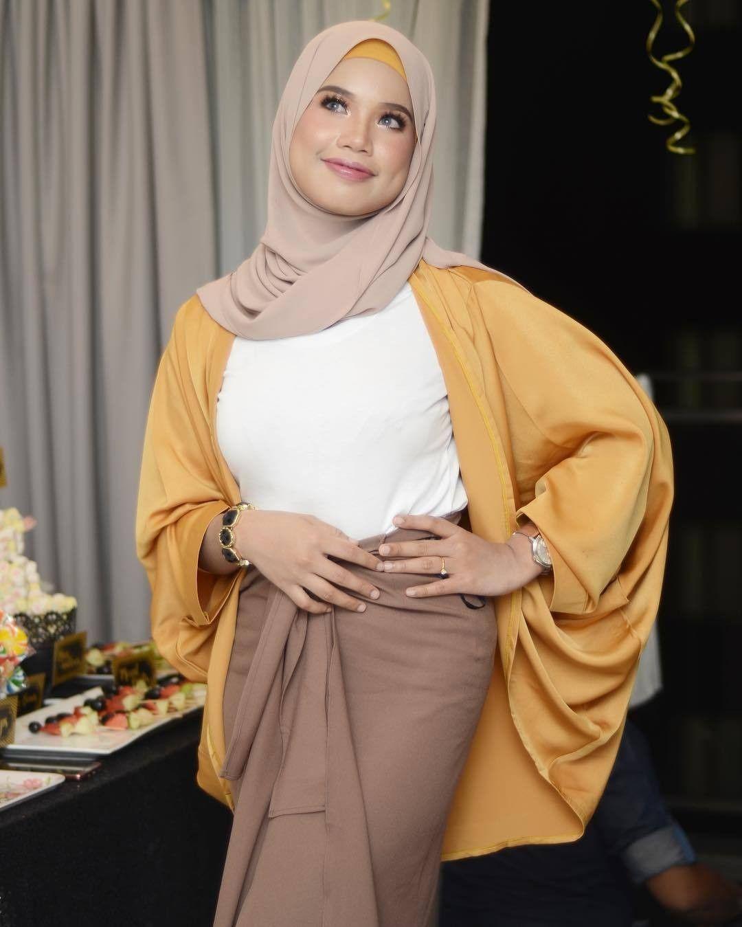 Pin By Mgpa Pprkl Rpss On Baju Kurungsongket Pinterest Kurung Barbie Life Hijab Fashion Style 1903b42590a1b381feb592c656b3aebe