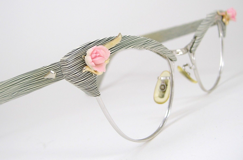 Vintage Womens 50s Rose Cat Eye Eyeglasses Eyewear AO Frame | Brille