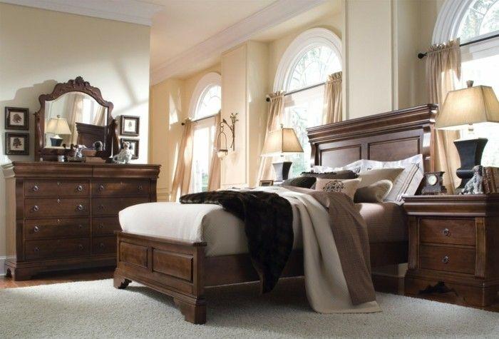 Massivholzmöbel Schlafzimmer Einrichten Ideen Heller Teppich Creme Wandfarbe