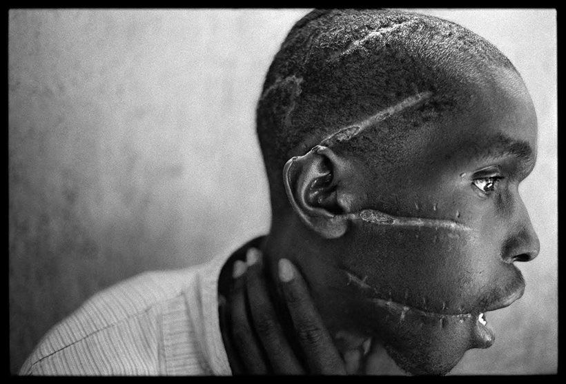 Survivor of a hutu death camp james nachtwey famous black and white photographers the masters