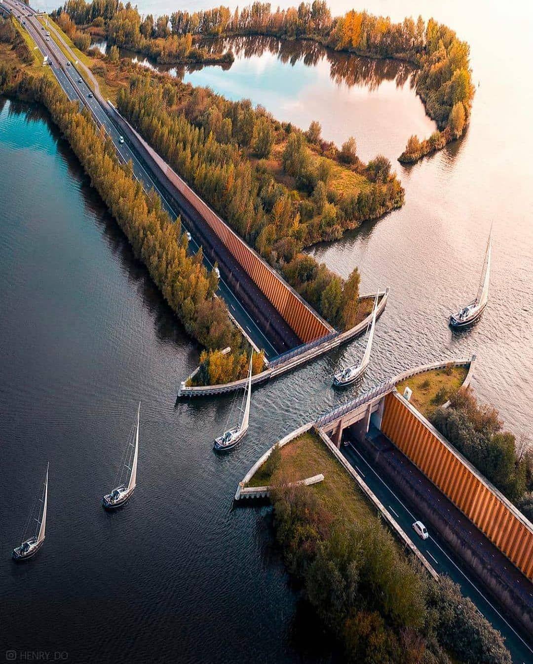 """1,090 次赞、 5 条评论 - Europe From Above (@above.europe) 在 Instagram 发布:""""Above  water bridge Harderwijk, Netherl…   Beautiful places nature, Vacation  trips, Scenic routes"""