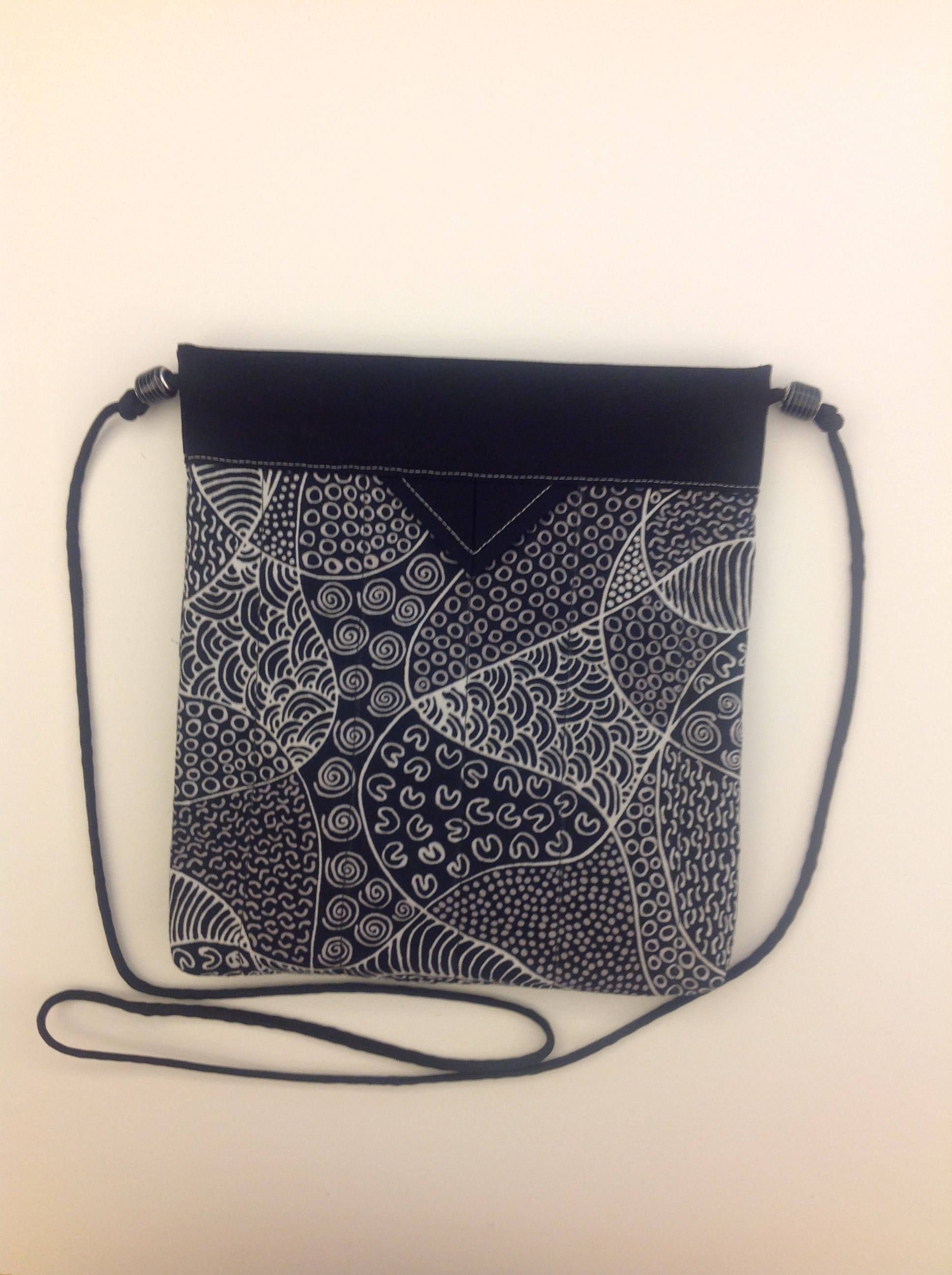 Black And White Quilted Fabric Snap Bag Purse Handbag Handmade 8 X 1 2 By Marvelsbymarilyn On Etsy