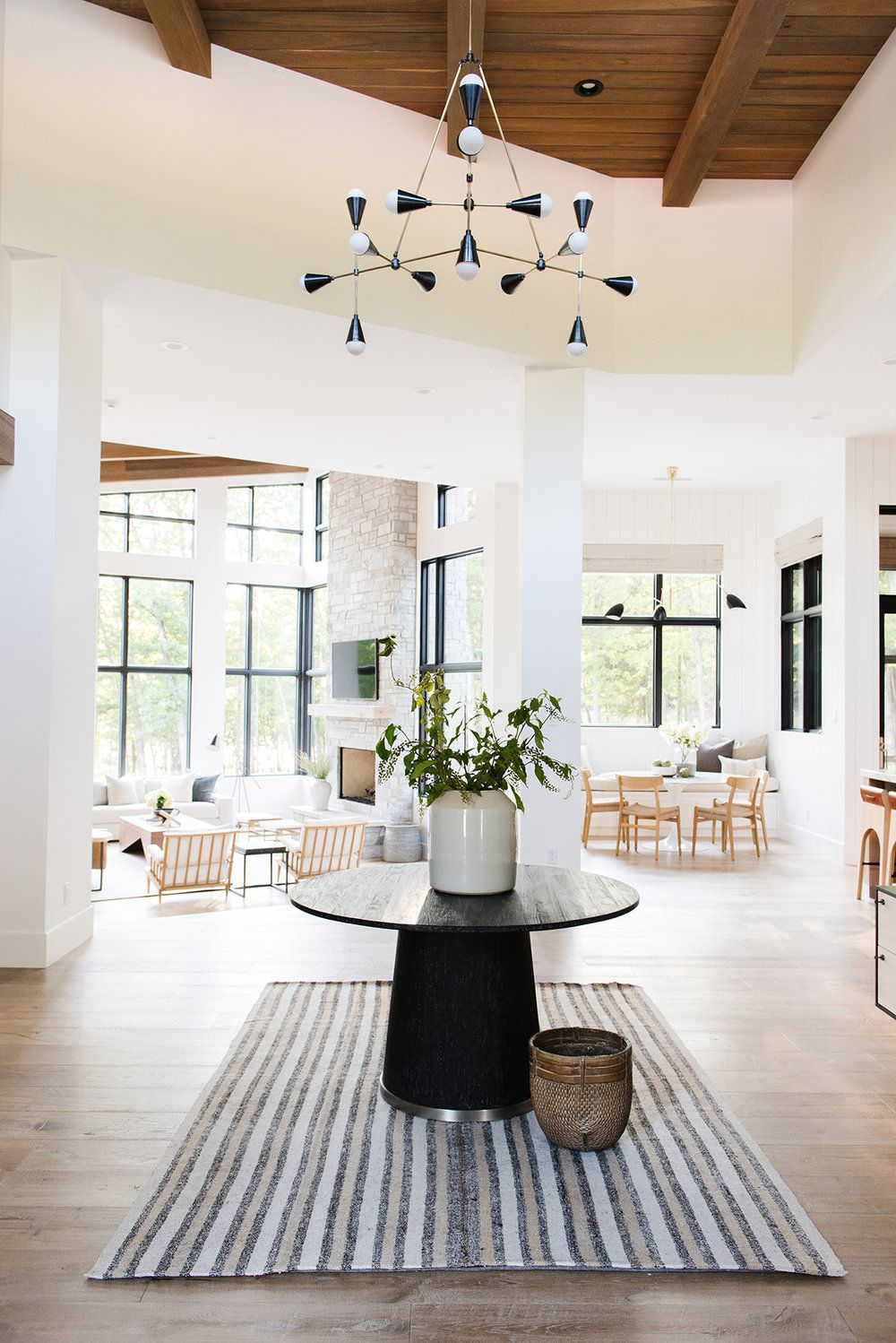 Modern Lake House Entry Dining Photo Tour With Images