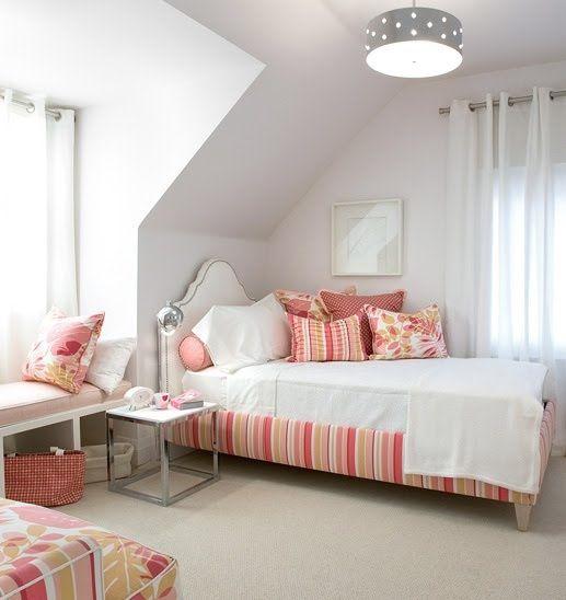 mädchen-Schlafzimmer-mit-Dachschräge-weiß-rosa ...