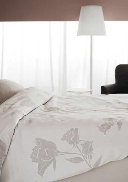 Biancheria Da Letto Flou.Flou Rosa Linen Set Available In A Variety Of Colors And Sizes