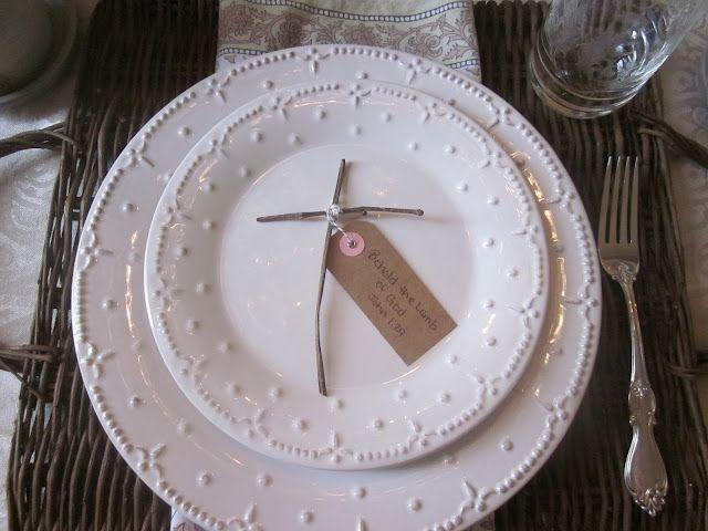 Easter Tablescape   Easter dinner table setting, Easter ...