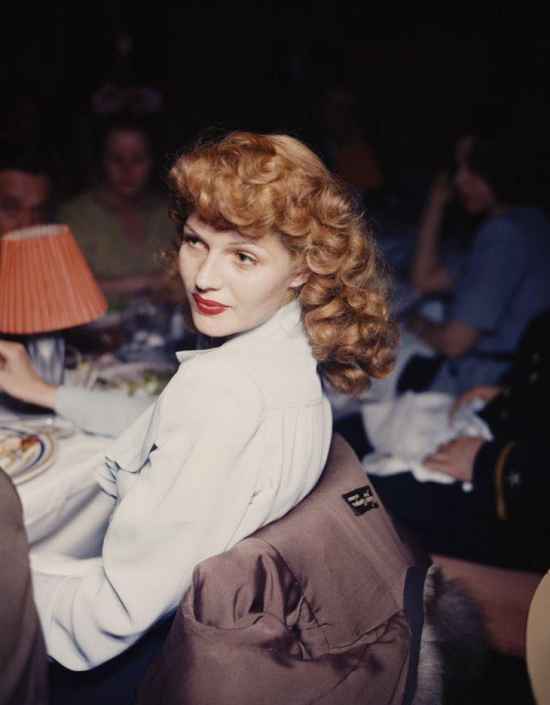 Top 100 Hot Babes, Hollywood Actress Photos, Busty Girls