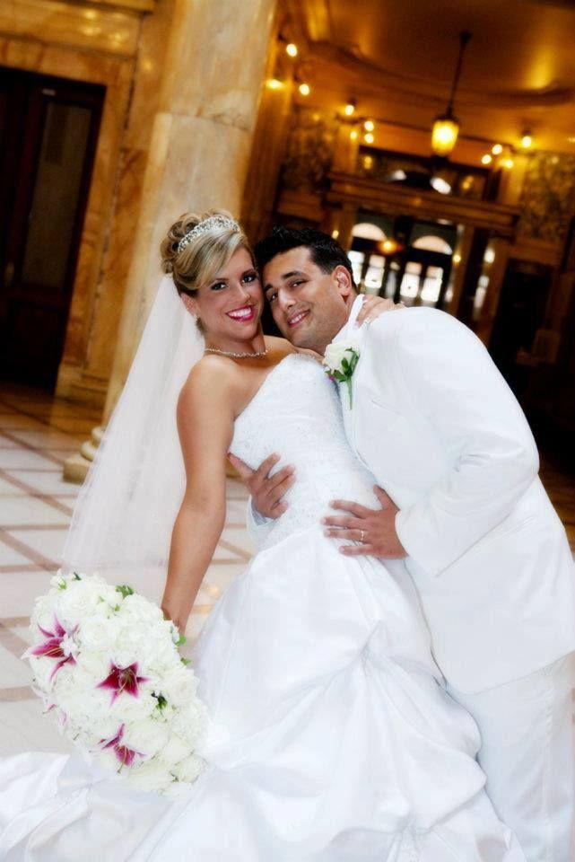 A Tropical Feel Wedding White Bouquet Wedding Dresses