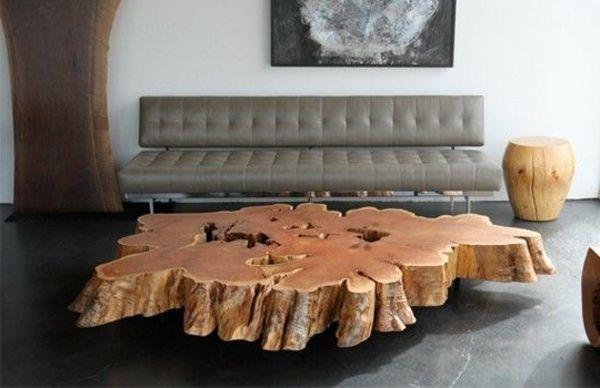 Holztisch Wohnzimmer ~ Sehr extravagantes modell vom baumstamm tisch im wohnzimmer mit