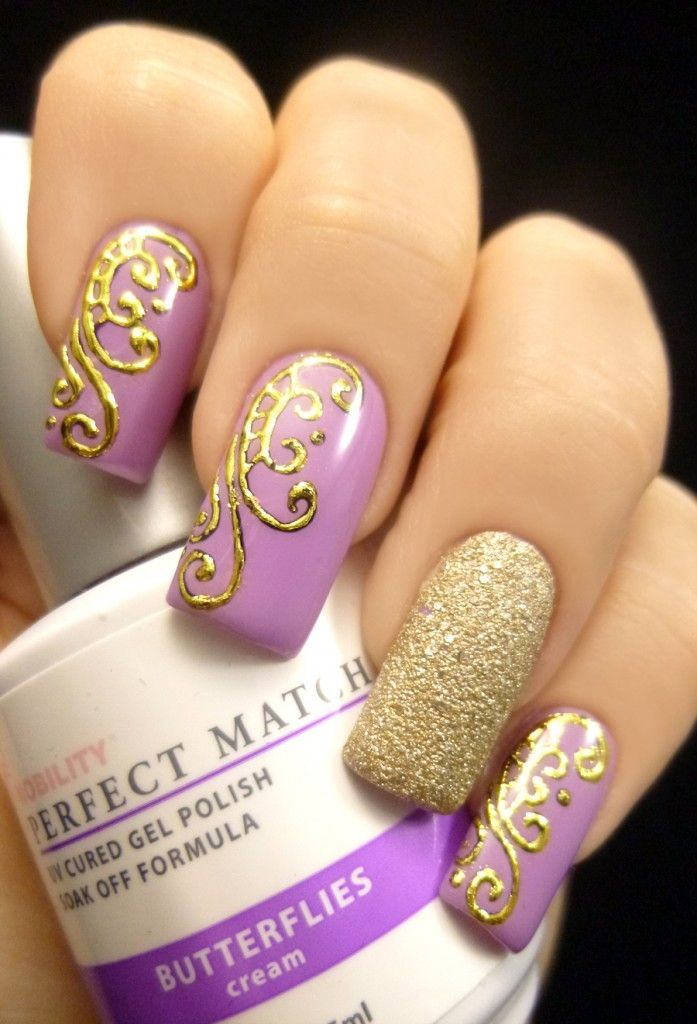 Gold and Purple Butterfly Nail Design Would do a rich green, red or royal  blue instead of purple and have the one gold nail more vibrant. - 16 Breath-Taking Butterfly Nail Designs Butterfly Nail Designs