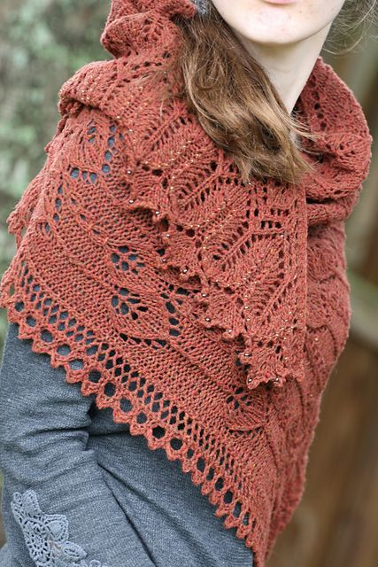Seeds to Flowers pattern by Kristina Vilimaite | Chal, Tejido y Ponchos