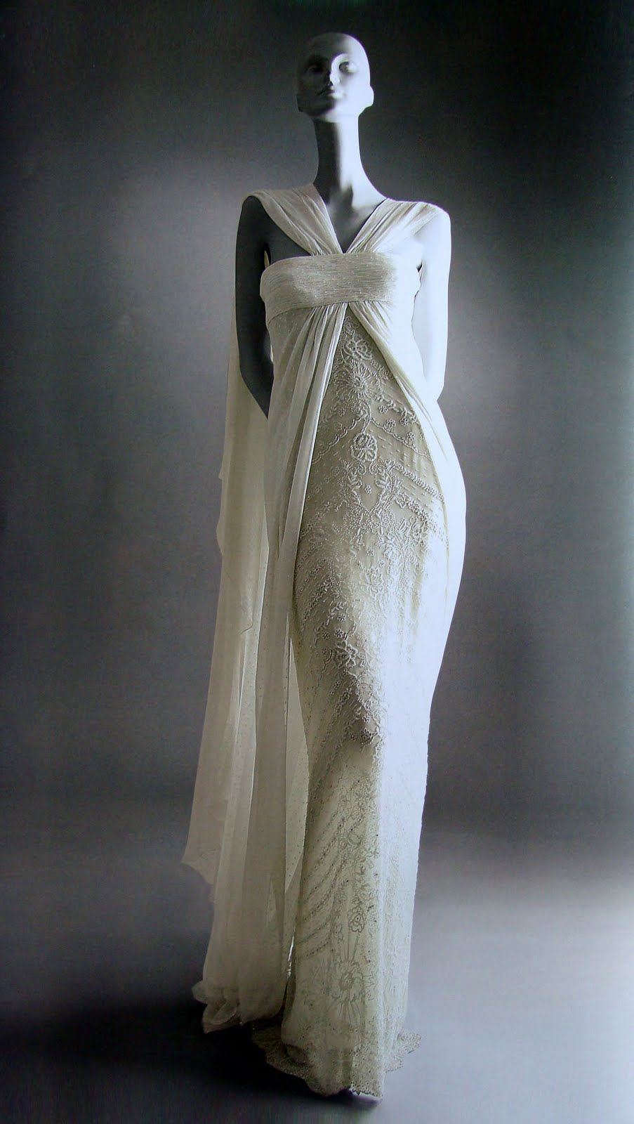 Preview the New uValentino Master of Coutureu Exhibit  Valentino