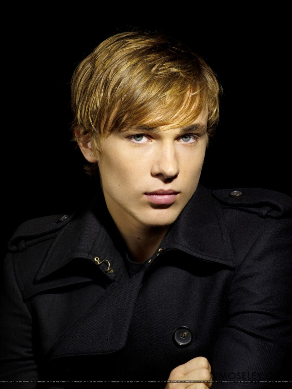William Moseley (born 1987)