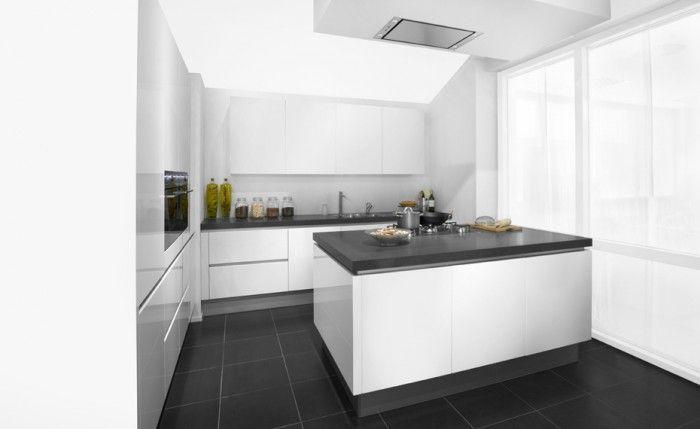 Schmidt greeploze hoogglans keuken een schmidt greeploze keuken hoogglans wit deze keuken is - Eiland zwarte bad ...