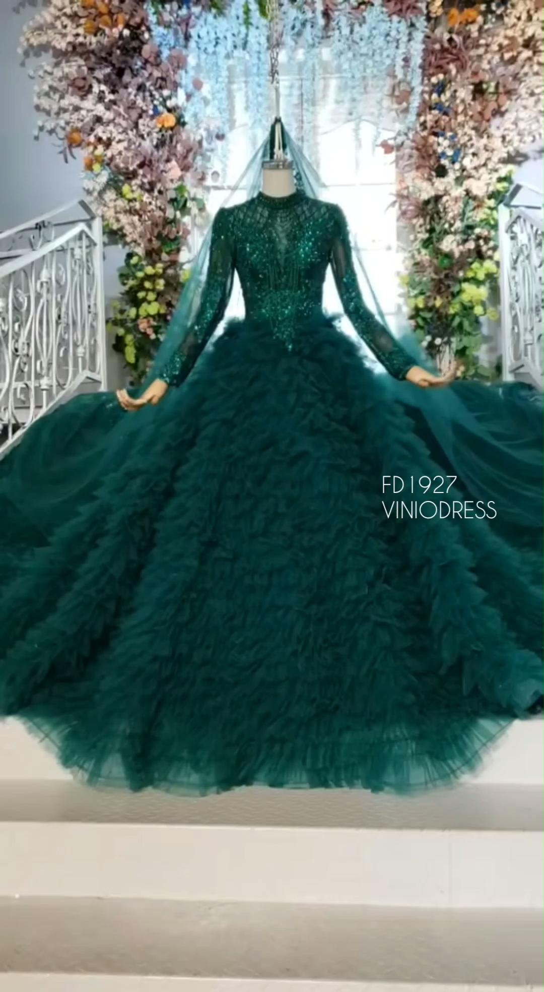 Vintage Long Sleeve Emerald Green Debut Gowns Debutante Sweet15dress Quinceanera Quinceanera Quinceaneradress De Green Wedding Dresses Debut Gowns Gowns [ 1968 x 1080 Pixel ]