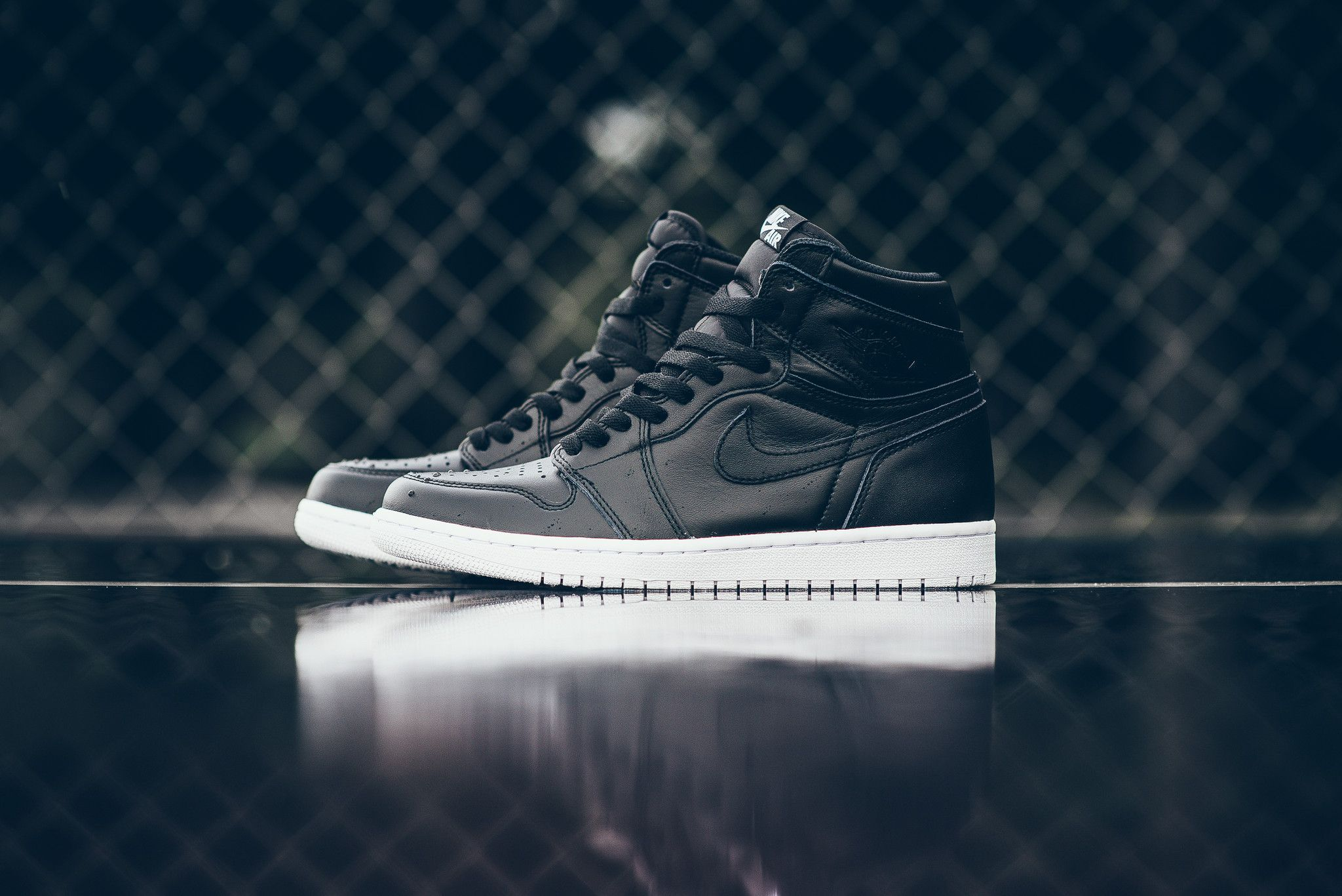 Air Jordan 1 Retro High Og Cyber Monday Air Jordans Jordan 1 Retro High Shoes Sneakers Nike