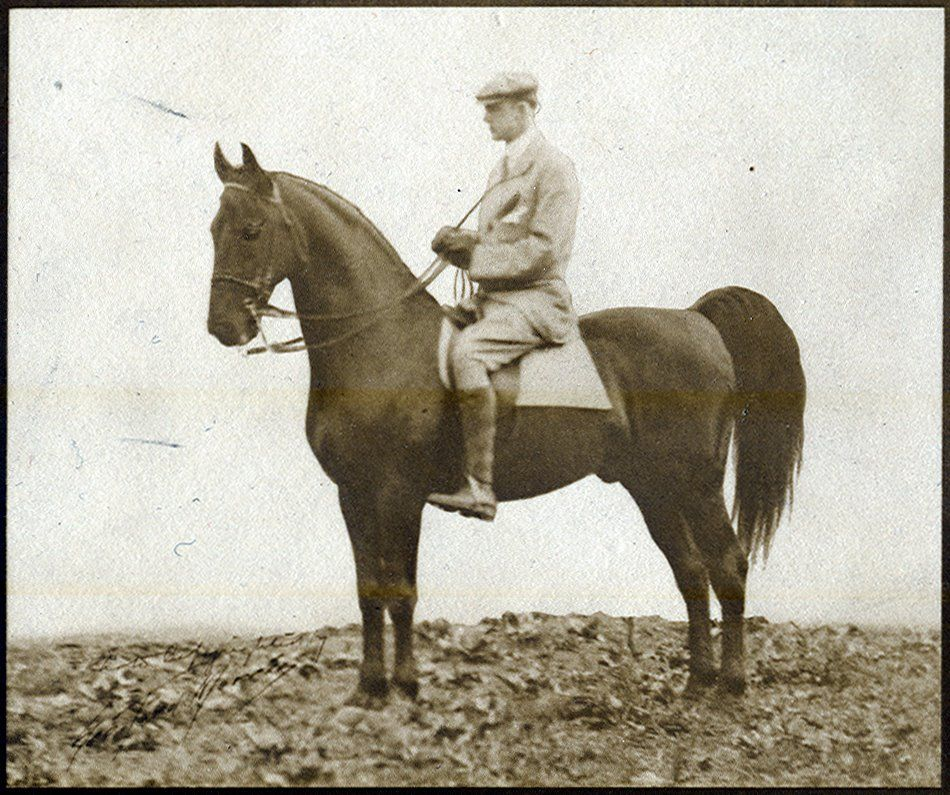Here's another rare image of Rex McDonald, with George Ford Morris up. It was the only time GFM was ever on the horse, and was taken by Rex' owner, Ben Middleton.