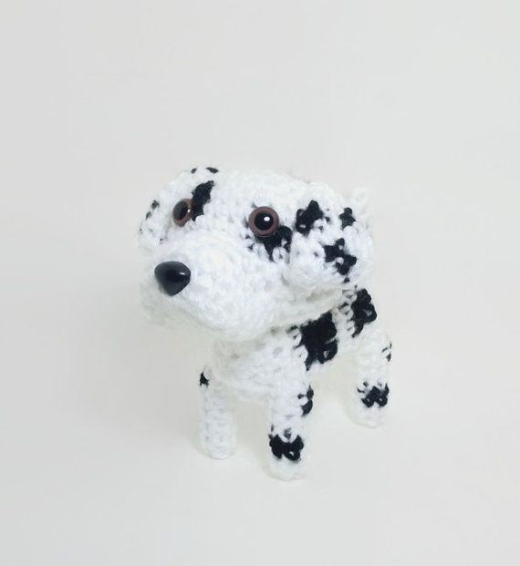 Stuffed Great Dane Harlequin for dog lovers and amigurumi lovers!    *Size  5 1/2 tall (14 cm)