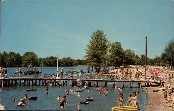Families Enjoying the Beach, Reelfoot Lake | Favorite Places