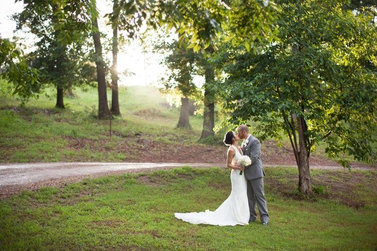 Anita + Wesley's Elegant Turquoise & Coral Wedding #turquoisecoralweddings