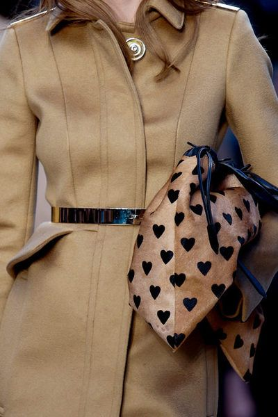 Hearts as dots - Burberry Prorsum fall 2013