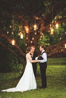 love the lights hanging from the tree | wedding | Pinterest ...
