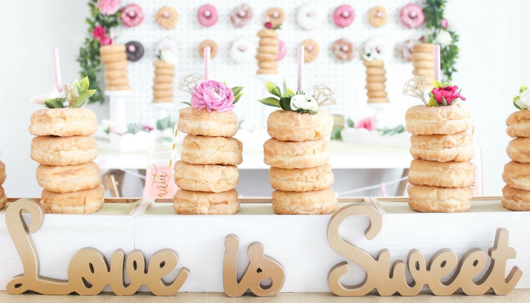036e1f41058e glitz   glaze donut bridal shower centerpiece