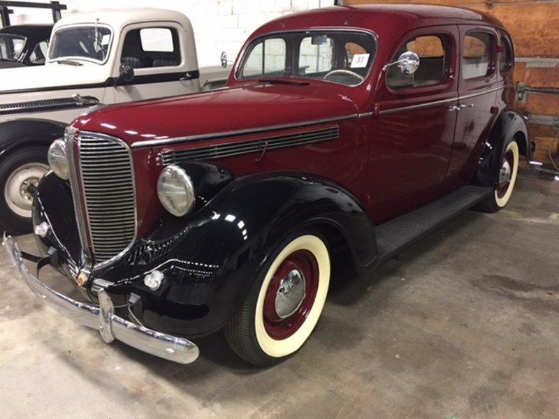 37 1938 Dodge 4 Door Sedan Classic Cars Dodge Desoto Cars
