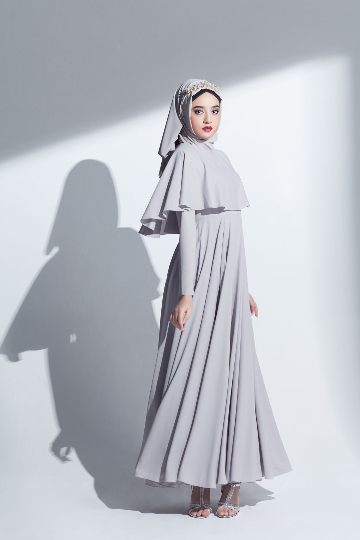 Grey abaya r clothes dresses gowns i like pinterest modest