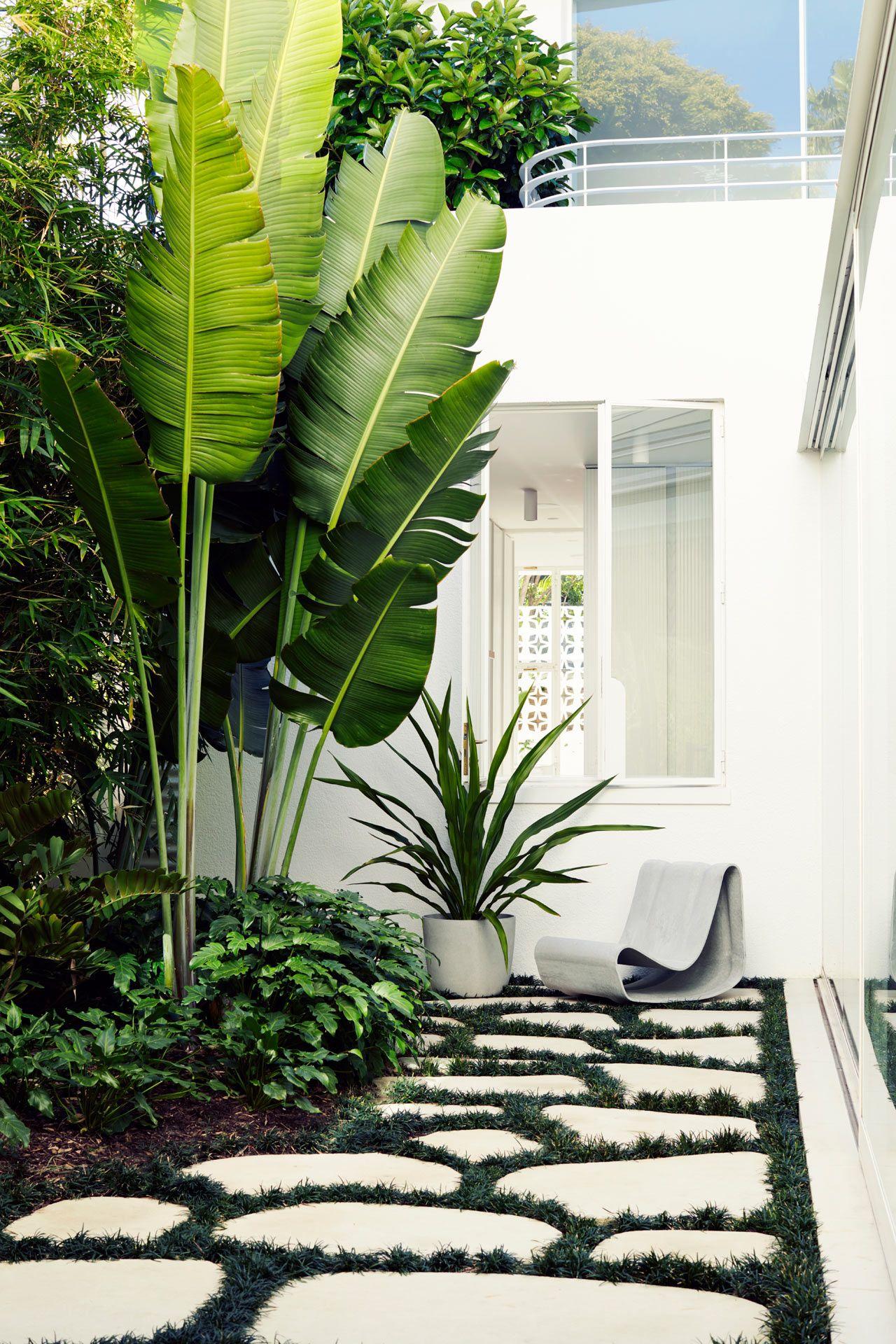 Sculptural Outdoor Furniture and Accessories by Swisspearl #garden