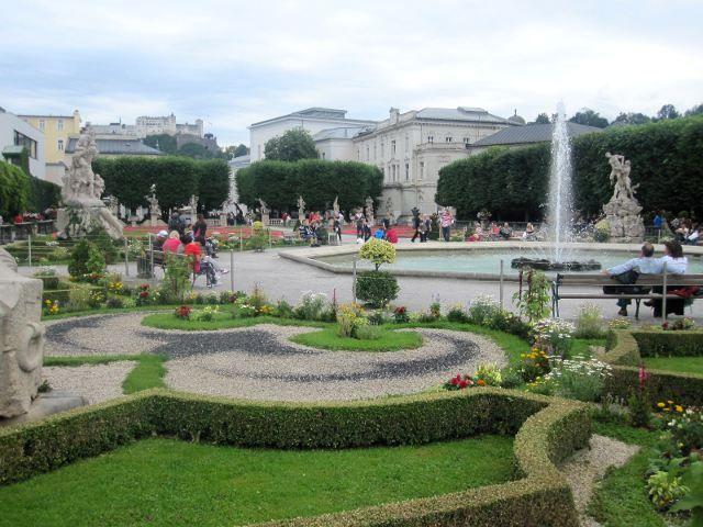 Salzburgo - Jardines de Mirabell lugares hermosos / places - Jardines Hermosos