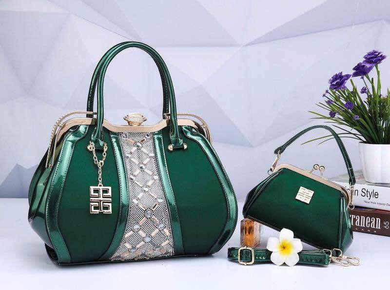 9ca54a7c944 CO - Kami menjual Tas Wanita Givenchy Jolly Perl Behel Semi Premium DC