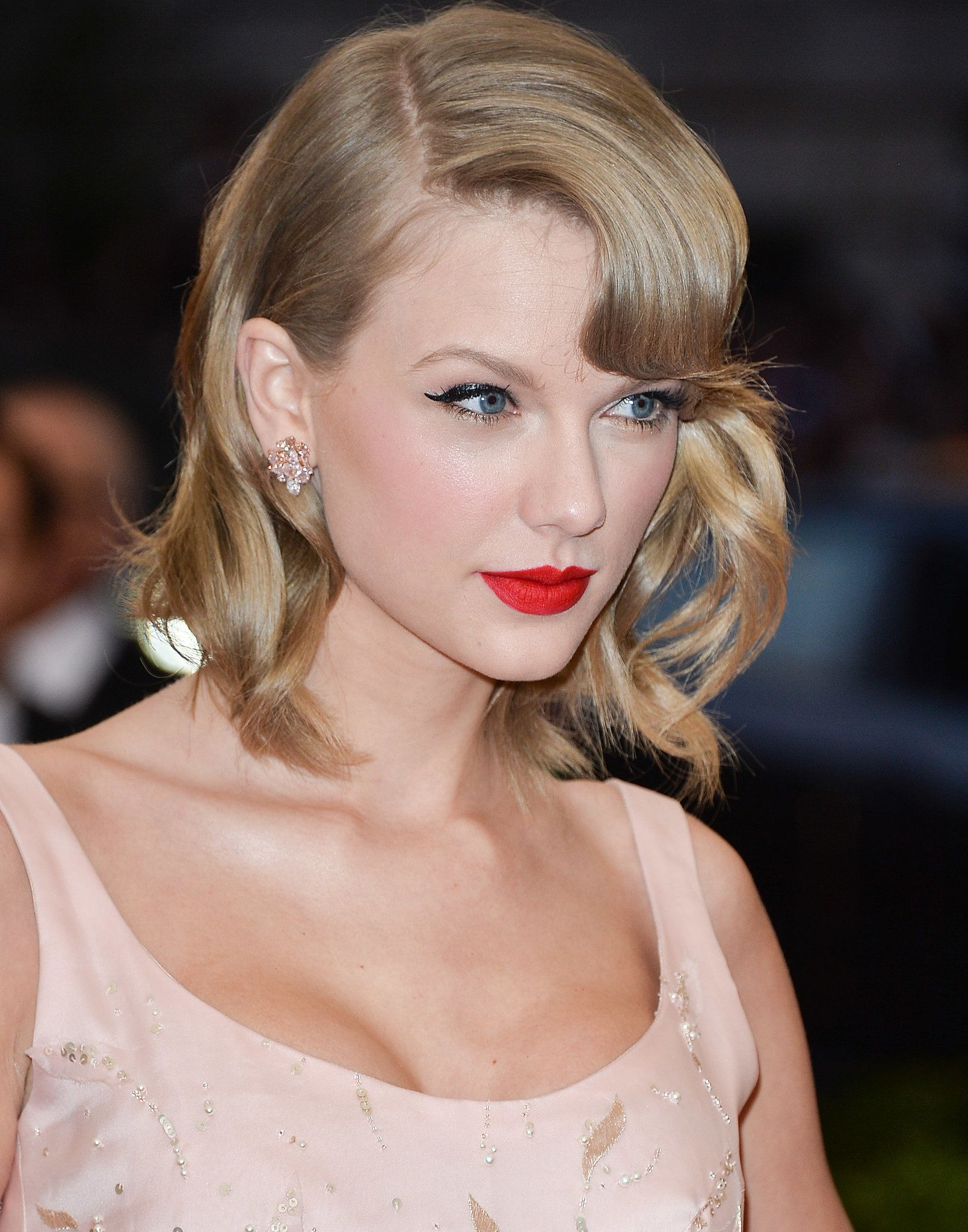 ways to look as glamorous as taylor swift every day taylor swift