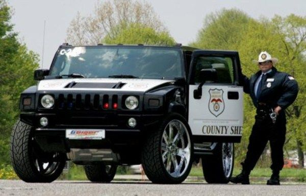 Most Exotic Police Cars In The World (20 Photos)