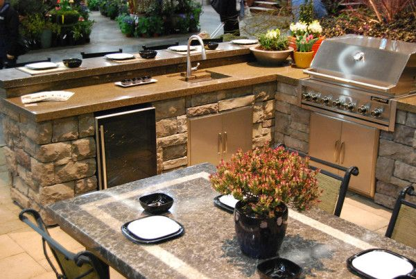 All Oregon Wins Awards From Yard Garden Patio Show With Stunning Outdoor Kitchen And Living Room Outdoor Kitchen Design Outdoor Kitchen Patio Kitchen