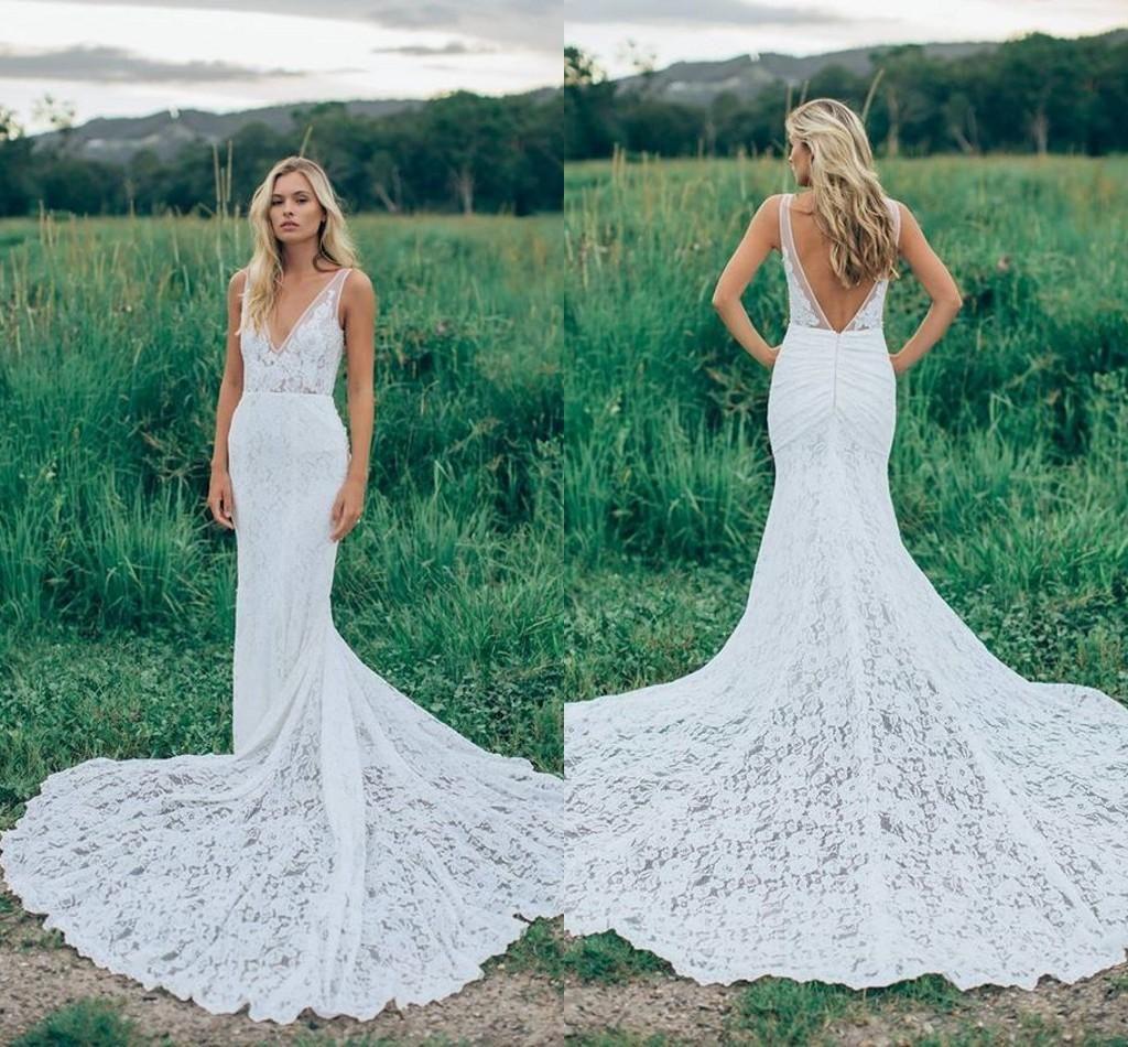 Romantic Boho Elegant Backless Lace Wedding Dresses Vneck