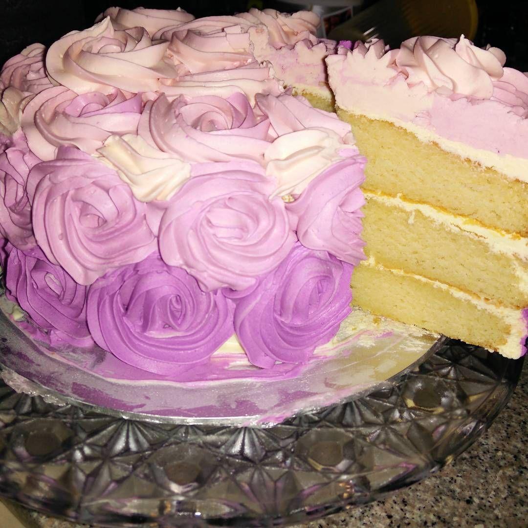 My white velvet cake... finally get to taste it for breakie this morning.... velvety and moist cake definitely.. #whitevelvetcake #purpleombrecake #3layercake