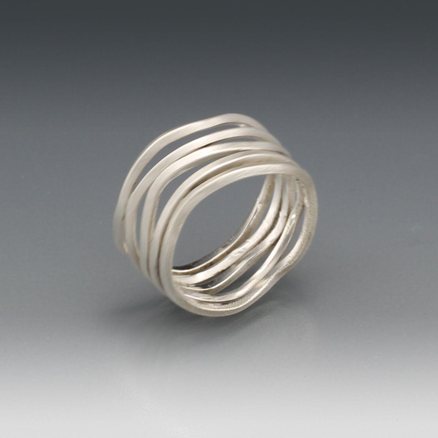 Zilveren ring gemaakt bij cursus Edelsmeden Golden Art Design