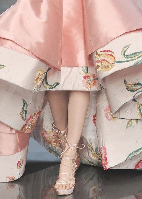 john+galliano+haute+couture+spring+2009 | Christian Dior Haute Couture I would have 3 or 4 of these breathtaking ...