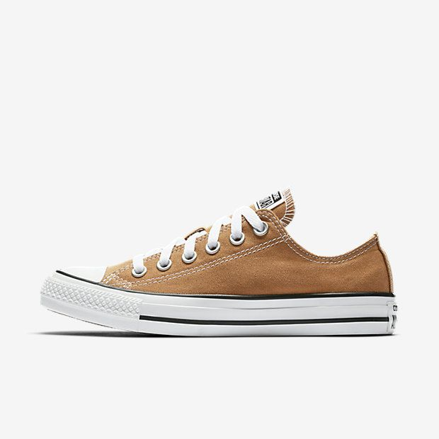 CONVERSE CHUCK TAYLOR ALL STAR SEASONAL LOW TOP | With its