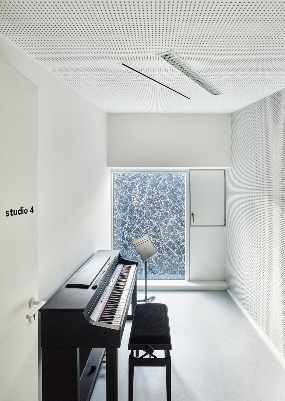 Music School In Belfort By Dominique Coulon Associes Music School Project Music School Classroom Architecture