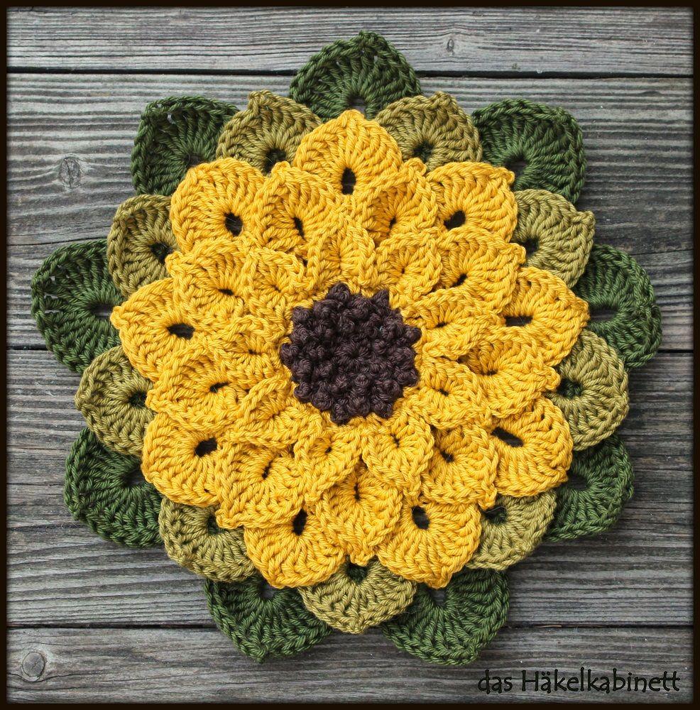 Gehäkelte Sonnenblume | Sonnenblumen, Topflappen und Wunderschön