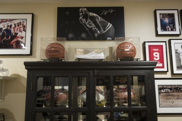 Great Decorating With Sports Memorabilia