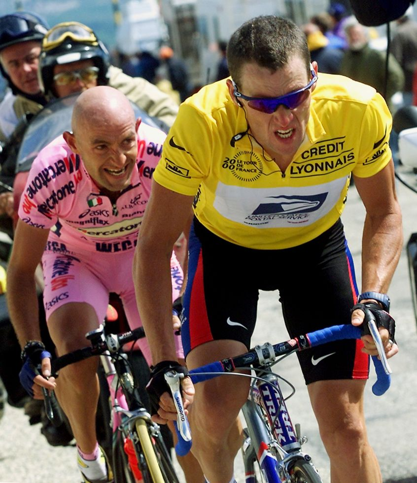 Tour 2000 The Yellow Jersey Lance Armstrong Followed By Marco
