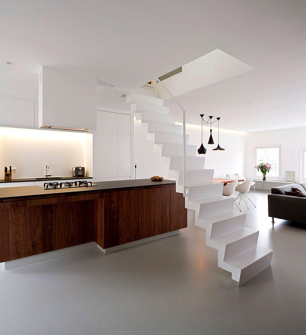 двухэтажные апартаменты в амстердам